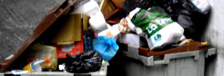 Nos poubelles débordent
